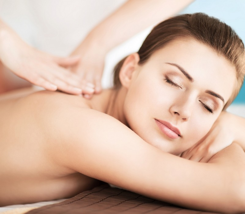 Deep Tissue massage service in Bur-Dubai